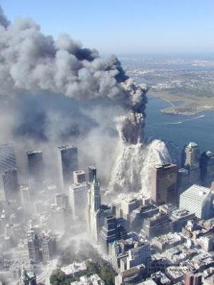 9.11ビル崩壊 空中写真初公開